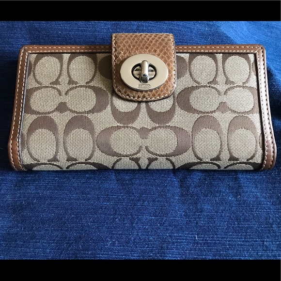 Coach Handbags - Brown/Tan Coach Wallet